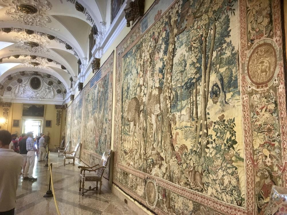 Tapestries, Isola Bella